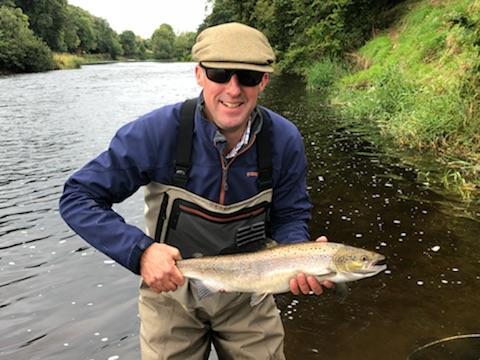 Stuart avec son premier saumon du Blackwater e Munster #CPRsavesfish