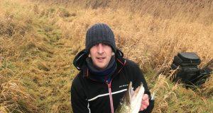 Paddy avec son poisson de 9,34 kg
