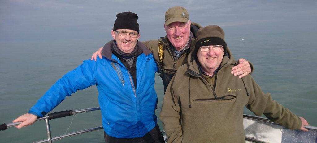 Les trois copains: Peter, Dan et Ken - des supers pêcheurs