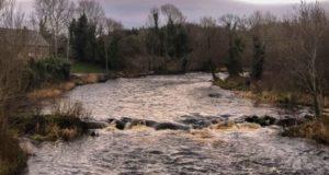 Le debut de la saison de la peche au saumon sur la riviere Drowes, Irlande