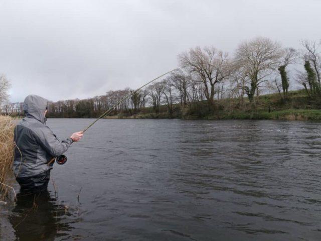 Pêche du saumon sur la rivière Feale