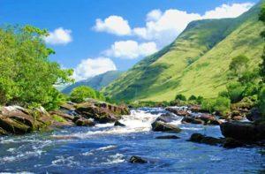 La pêche dans un paysage qui vous coupera le souffle