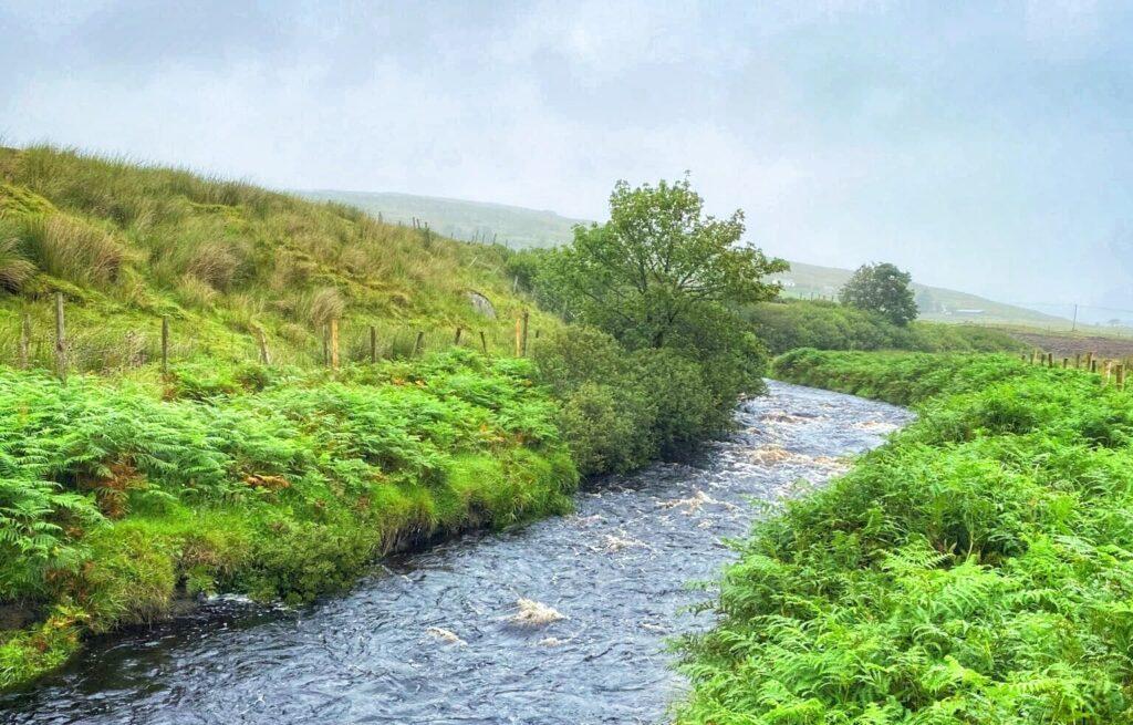 La rivière Glen dans le Donegal