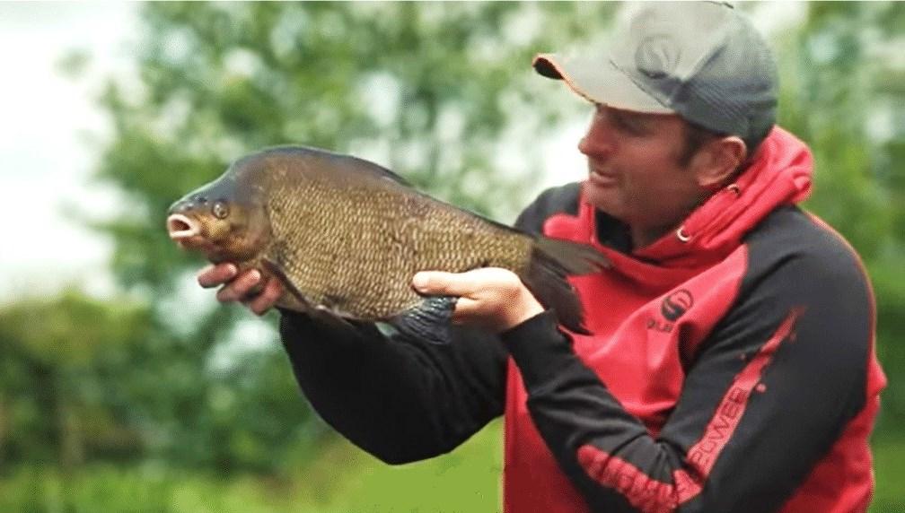 La pêche aux poissons blancs en Irlande sur le Lough Erne
