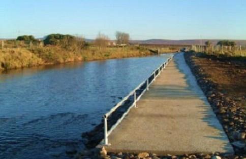La pêche en Irlande. Pêche accessible sous le bassin de New Bridge sur la rivière Glenamoy.
