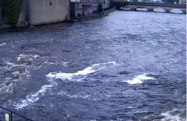 La pêche du saumon en Irlande sur la rivière Moy