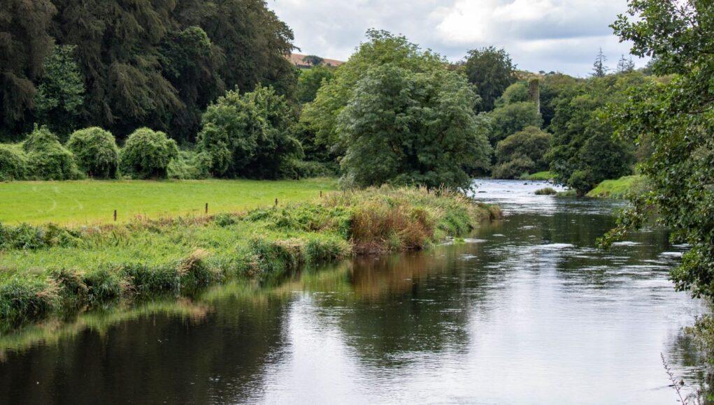 La rivière Bandon dans le Cork, Irlande.