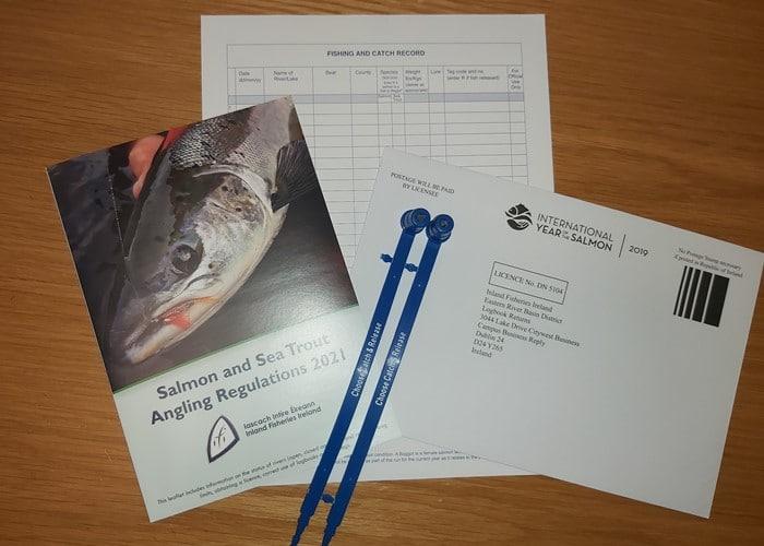 Un licence est requis pour pêcher le saumon en Irlande.